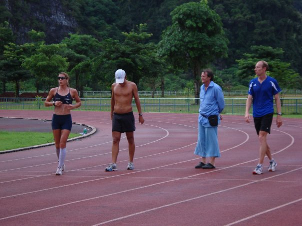 Staying lean is a challenge for carb-intolerant athletes. Vinnie (white hat) training with Olympic Champion Nicola Spirig at teamTBB.